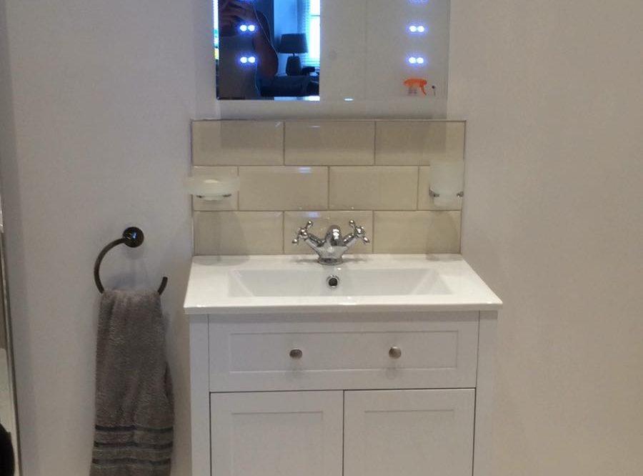 4 Evans Terrace Modern bathroom with large walk in shower