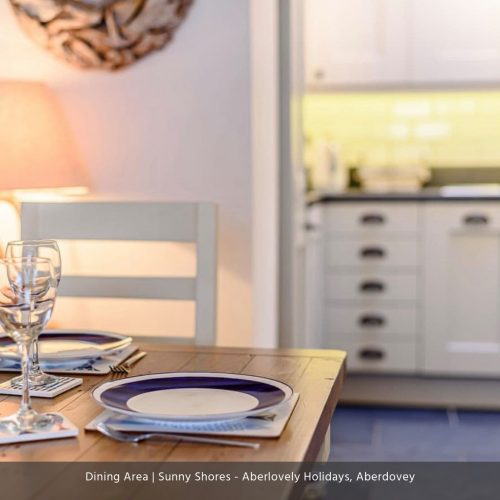 Sunny Shores Dining 4 - Copy